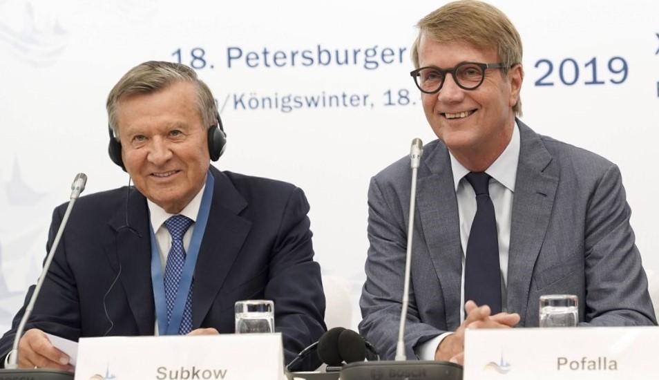Pofalla und Subkow Petersburger Dialog