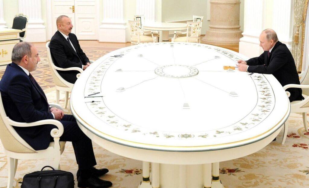 Aliew und Paaschinjan bei Putin Januar 2021