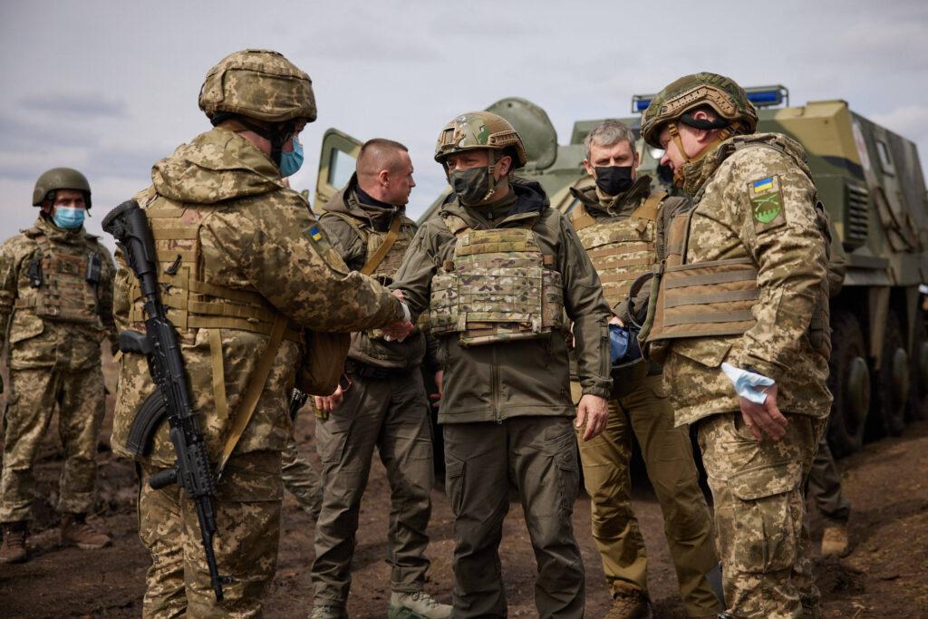 Selensky an der Front im Donbass